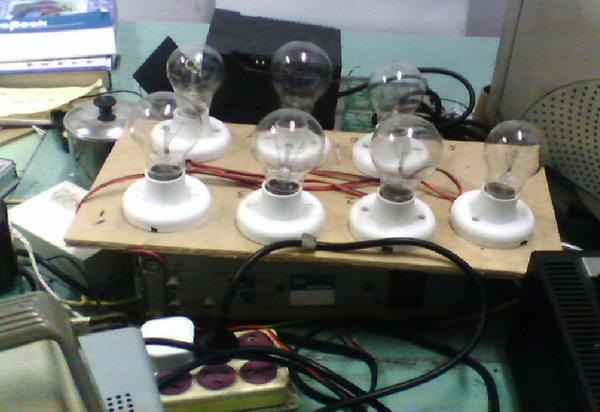 3dd15d管调压电路图